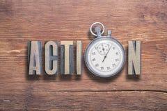 Reloj de la acción de madera Fotografía de archivo