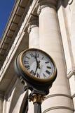 Reloj de la estación de carril Foto de archivo libre de regalías