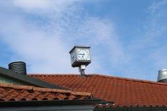 Reloj de la estación de tren fotos de archivo