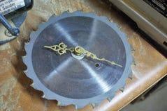 Reloj de la hoja de sierra Fotografía de archivo libre de regalías