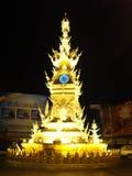 Reloj de la torre con las luces Fotografía de archivo libre de regalías