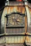 Reloj de la torre de iglesia de San Pedro fotografía de archivo libre de regalías