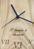 Reloj de madera Fotografía de archivo