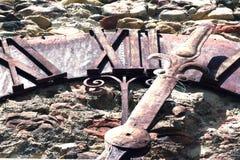 Reloj de pared antiguo Imagen de archivo libre de regalías