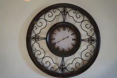 Reloj de pared grande fotos de archivo libres de regalías