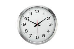Reloj de pared redondo grande de la oficina aislado fotos de archivo