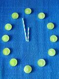 Reloj de simbolización del Año Nuevo de la composición abstracta Foto de archivo libre de regalías
