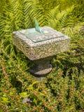 Reloj de sol del jardín Imagen de archivo