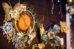 Reloj del Año Nuevo con las luces Imagen de archivo
