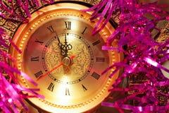 Reloj del Año Nuevo en fondo abstracto Fotografía de archivo