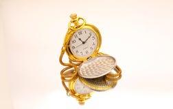 Reloj del caballero del oro del estilo de la vendimia Fotos de archivo libres de regalías