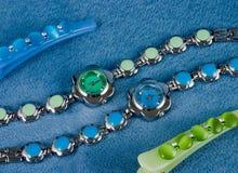 Reloj del color para los womanâs Foto de archivo libre de regalías