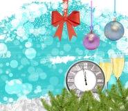 Reloj del fondo del Año Nuevo con el árbol de pino de los vidrios del champán Fotos de archivo