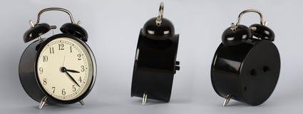 Reloj del vintage contra fondo aislado Imagen de archivo libre de regalías