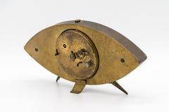 Reloj del vintage, despertador aislado en el fondo blanco Fotografía de archivo