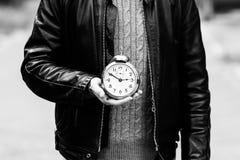 Reloj a disposición Imagenes de archivo