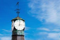 Reloj en Aker Brygge en Oslo, Noruega Fotos de archivo libres de regalías