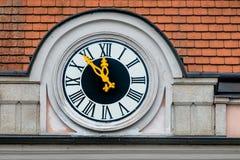 Reloj en el ayuntamiento Fotos de archivo libres de regalías