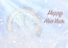 Reloj en la nieve El último minutos antes del Año Nuevo Fotografía de archivo libre de regalías