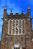 Reloj en torre fotos de archivo