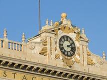 Reloj en una estación central Imagen de archivo