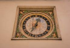 Reloj hecho de la madera Fotos de archivo