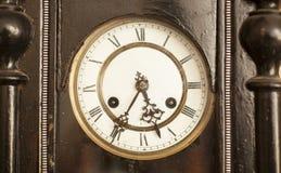 Reloj negro del dial del vintage Fotos de archivo