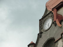 Reloj viejo del edificio Imagen de archivo