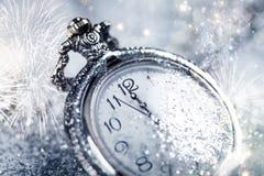 Reloj viejo que señala la medianoche - concepto del Año Nuevo Fotografía de archivo libre de regalías