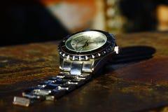 Reloj y acero Fotos de archivo libres de regalías