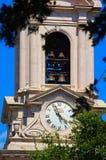 Reloj y Belces de la iglesia Imagen de archivo libre de regalías