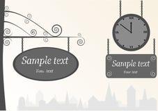 Reloj y blindajes de la vendimia Imagen de archivo libre de regalías