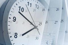 Reloj y calendario Imagen de archivo libre de regalías