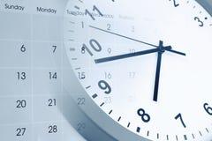 Reloj y calendario fotos de archivo