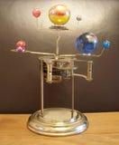 Reloj y planetas del arte de Steampunk del planetario Fotografía de archivo libre de regalías