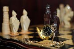 Relojes de bolsillo hechos a mano del ajedrez Imagen de archivo libre de regalías