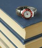 Relojes de la escuela fotos de archivo libres de regalías