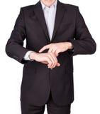Relojes de la mano del traje del hombre Fotos de archivo libres de regalías