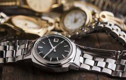 Relojes de la mujer Imágenes de archivo libres de regalías