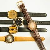 Relojes del vintage en el fondo blanco Fotografía de archivo