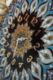 Relojes hechos a mano redondos negros de la mandala Imagen de archivo