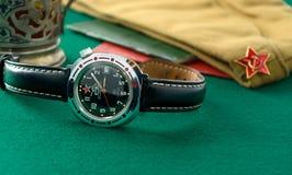 Relojes militares soviéticos viejos imágenes de archivo libres de regalías