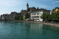 Remblai dans la ville de Thun, Suisse Photographie stock