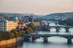 Remblai de la rivière de Vltava à Prague Photographie stock