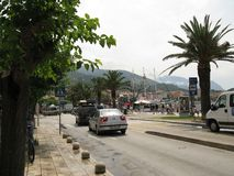Remblai de la ville de Makarska Croatie images libres de droits