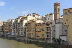 Remblai de rivière d'AMO à Florence Photo stock