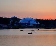Remblai de ville au coucher du soleil Photo libre de droits