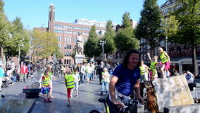 Rembrandtplein (Rembrandt-Quadrat) in Amsterdam, Ne Lizenzfreie Stockfotos