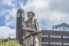 Rembrandtstandbeeld in Amsterdam, Nederland Stock Foto