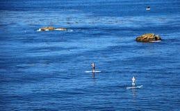 Reme pensionistas fora do parque de Heisler, Laguna Beach, Califórnia Imagens de Stock